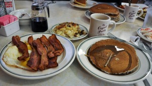Thanks for the photo AlbanyKid, we should meet for breakfast! Mine were too blurry as I ate too fast.